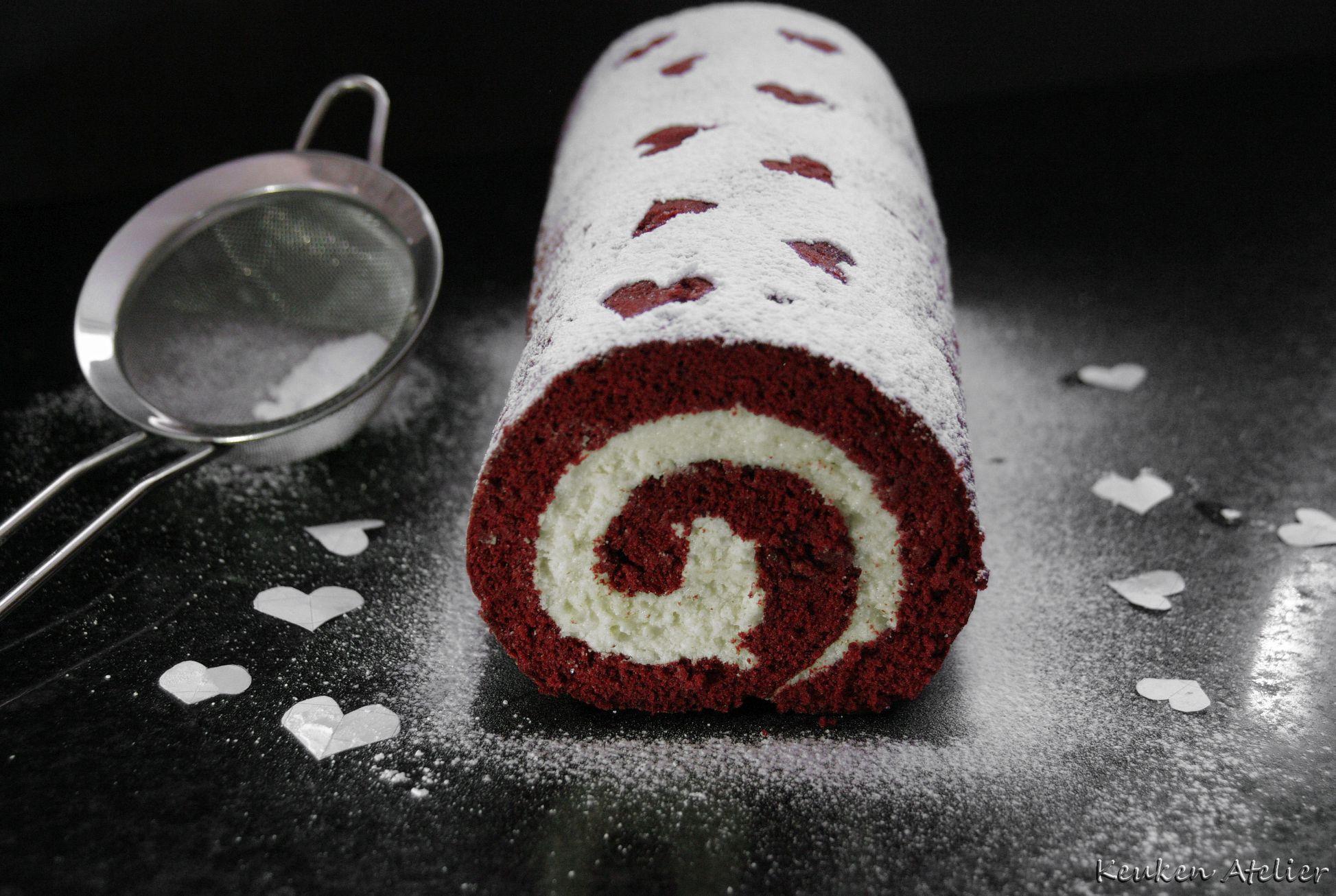 red velvet cake rol 2