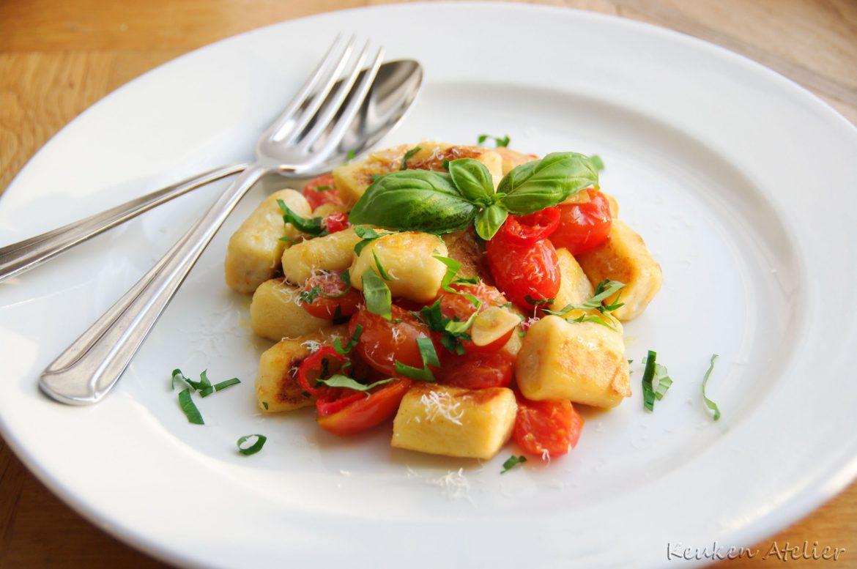 Ricotta Gnocchi met Tomaten