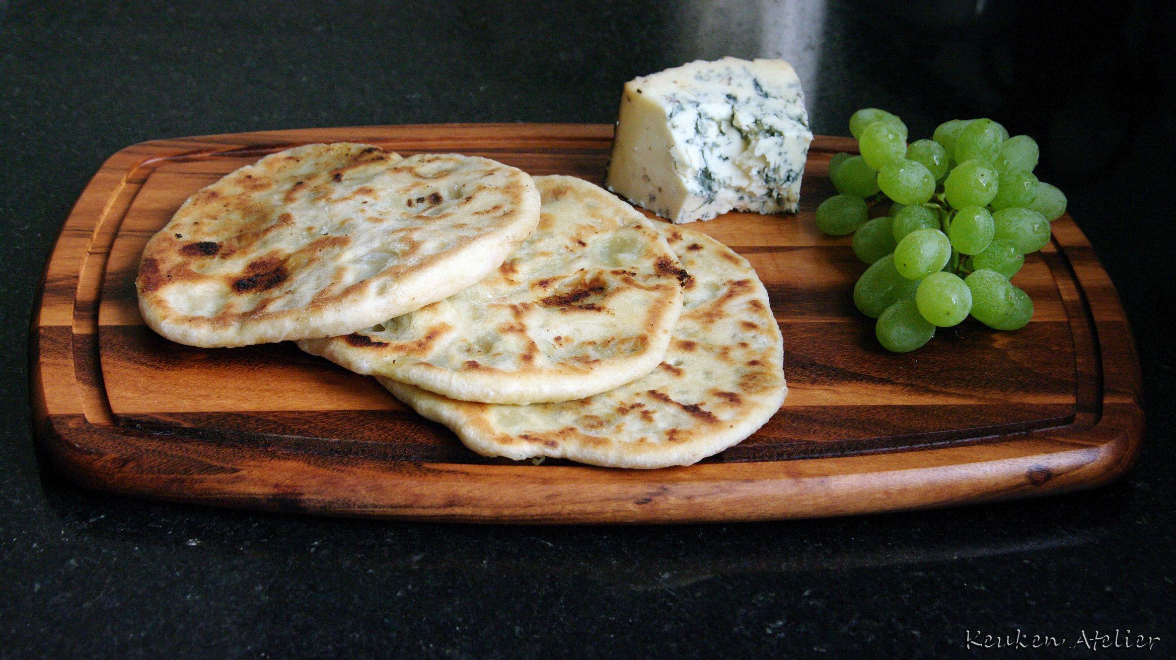 broodjes met blauwe kaas en druiven 2