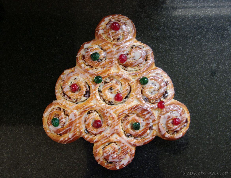 Kerstboombrood met amandel- en vruchtenvulling. Lekkerste Kerstbrood van Nederland 2015
