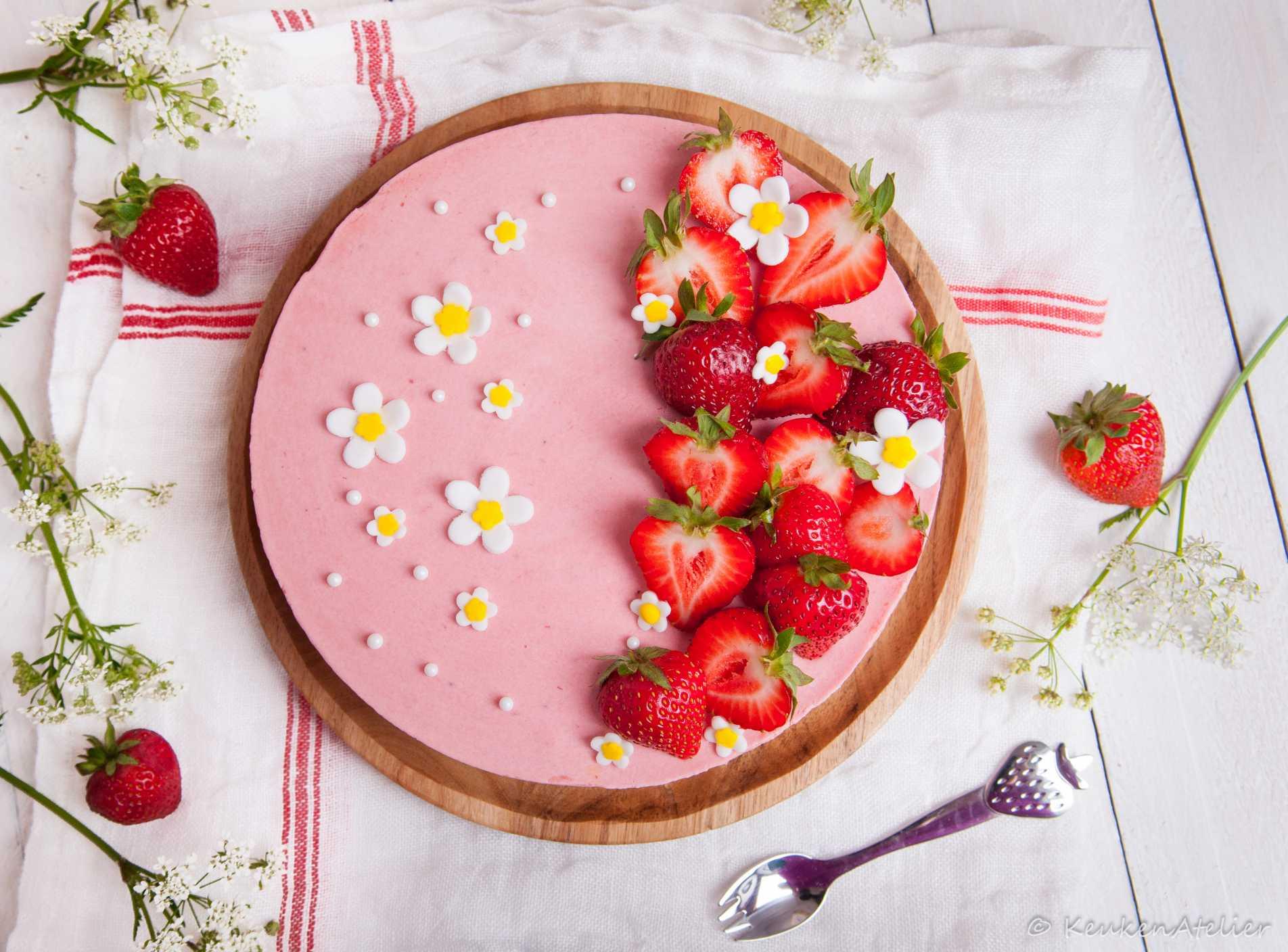 aardbeien kwarktaart 2 | KeukenAtelier