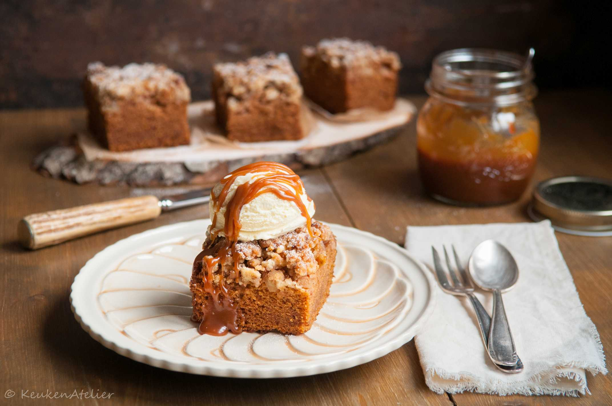 pompoencake met appel en pecankruimel 3e | KeukenAtelier