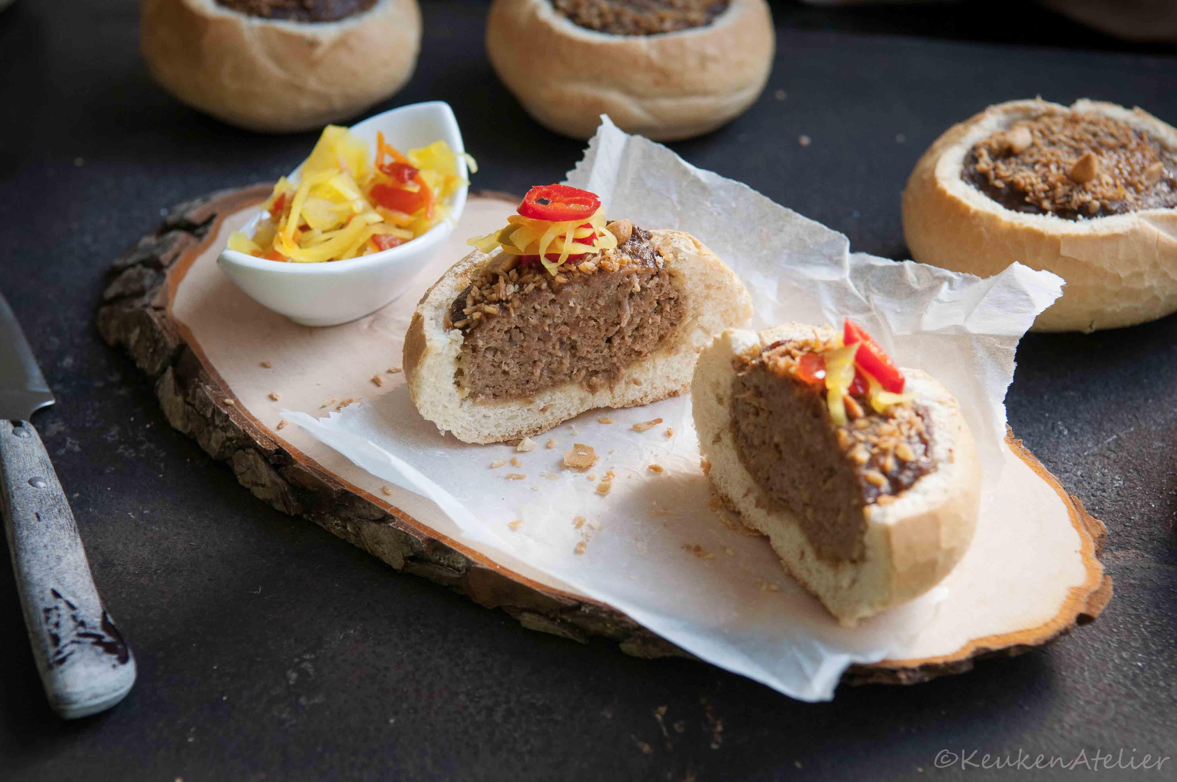 Indonesische gehaktbroodjes stukje | KeukenAtelier