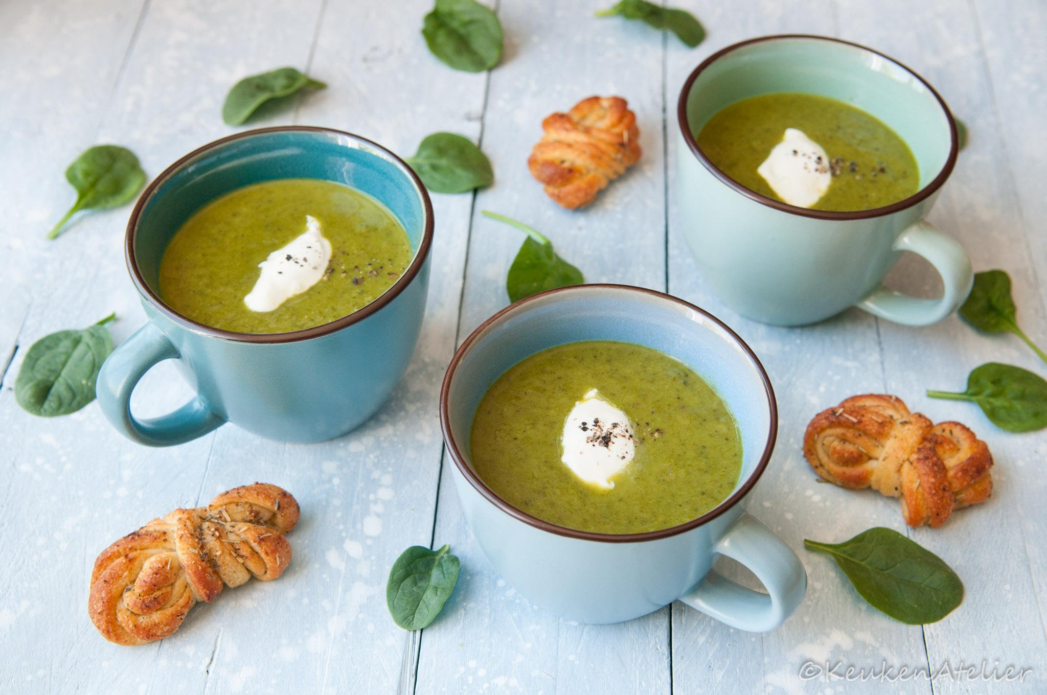 Courgette soep met spinazie en groene appel | KeukenAtelier.com