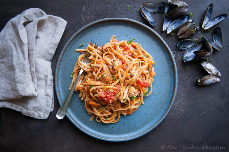 Spaghetti met mosselsaus van Nadine Redzepi | KeukenAtelier.com