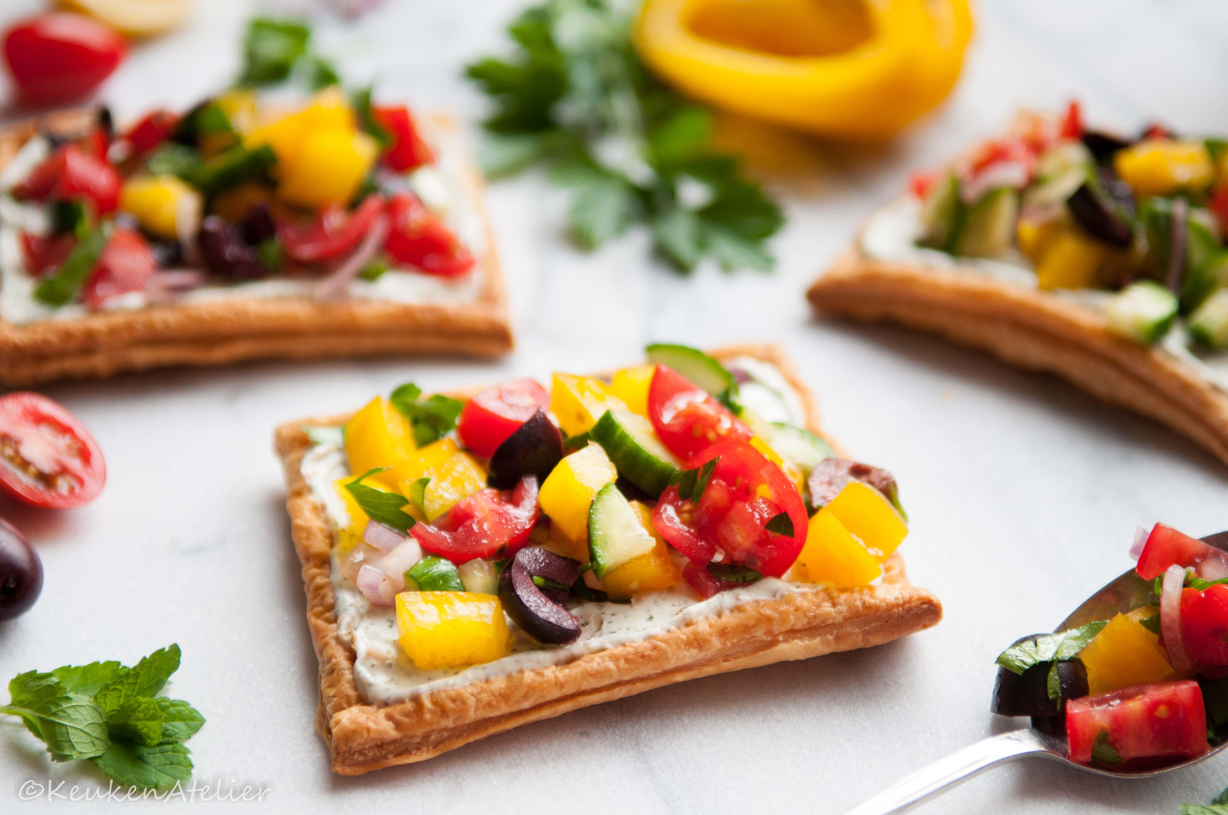 Griekse salade taartjes met feta crème 2 KeukenAtelier.com