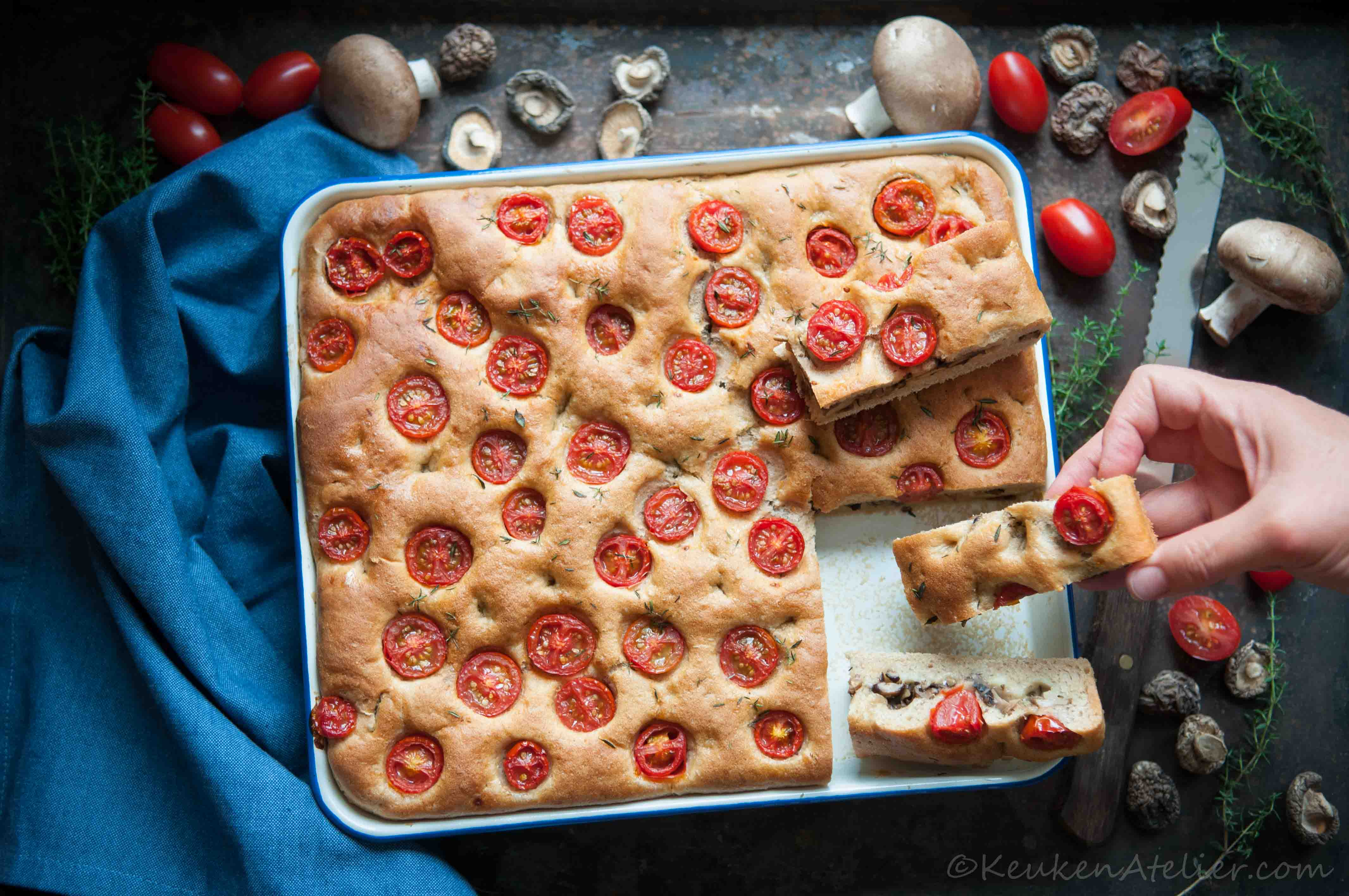 Umami focaccia met tomaat 2 | KeukenAtelier.com