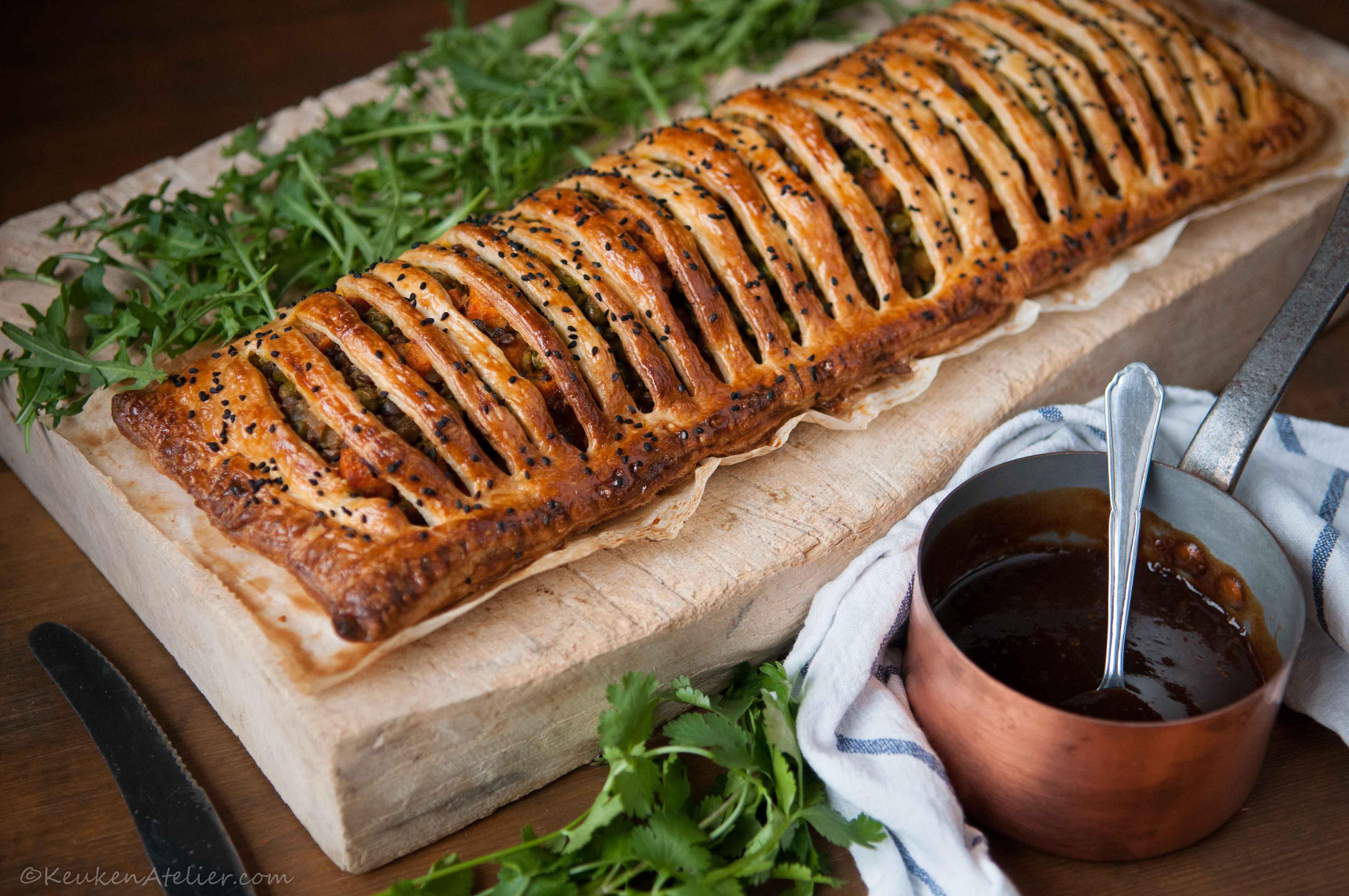 Vegetarische curry strudel met zoete aardappel en linzen 1 | KeukenAtelier.com