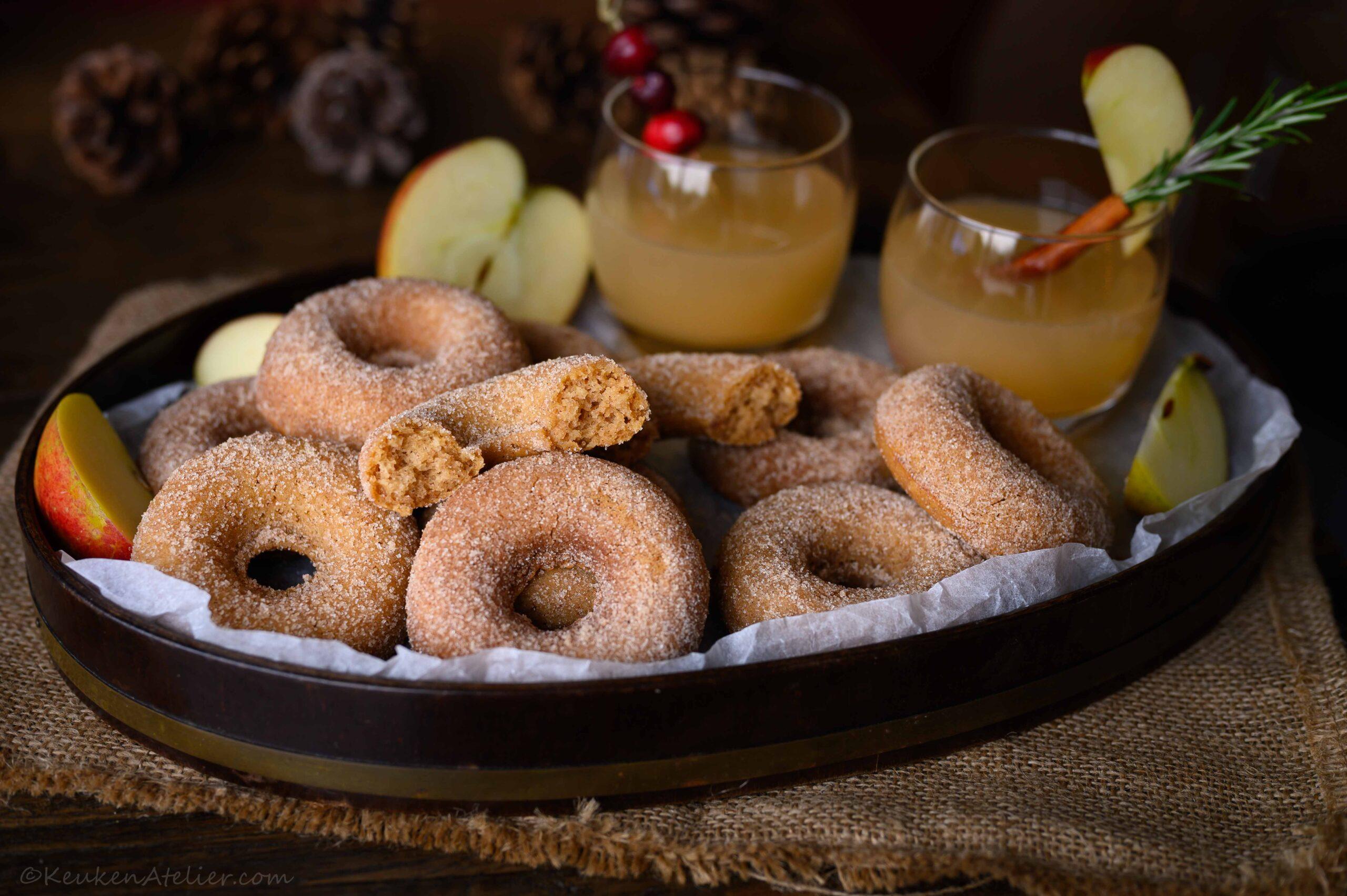 Appel donuts uit de oven